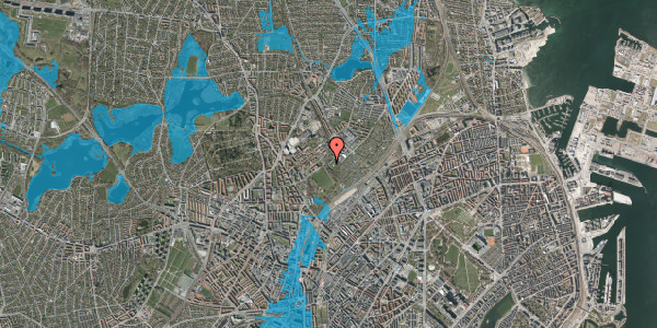 Oversvømmelsesrisiko fra vandløb på Bispebjerg Bakke 18F, 2. th, 2400 København NV