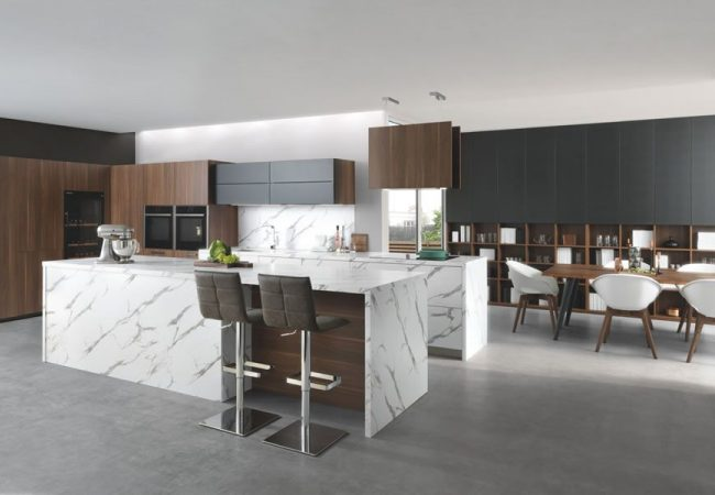 Moderne keukens met eiland
