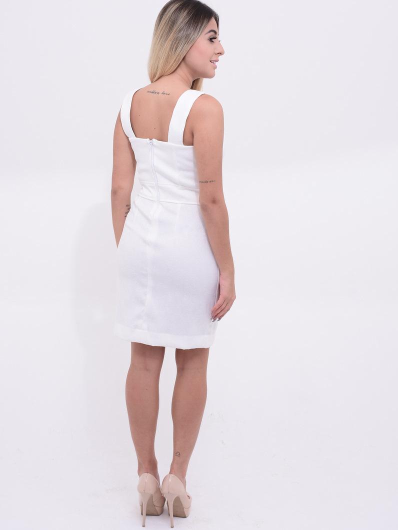 costas do vestido branco