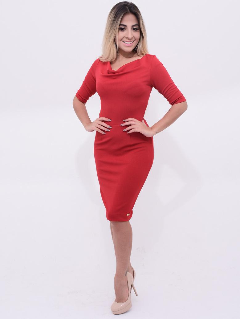 vestido tubinho vermelho com mangas
