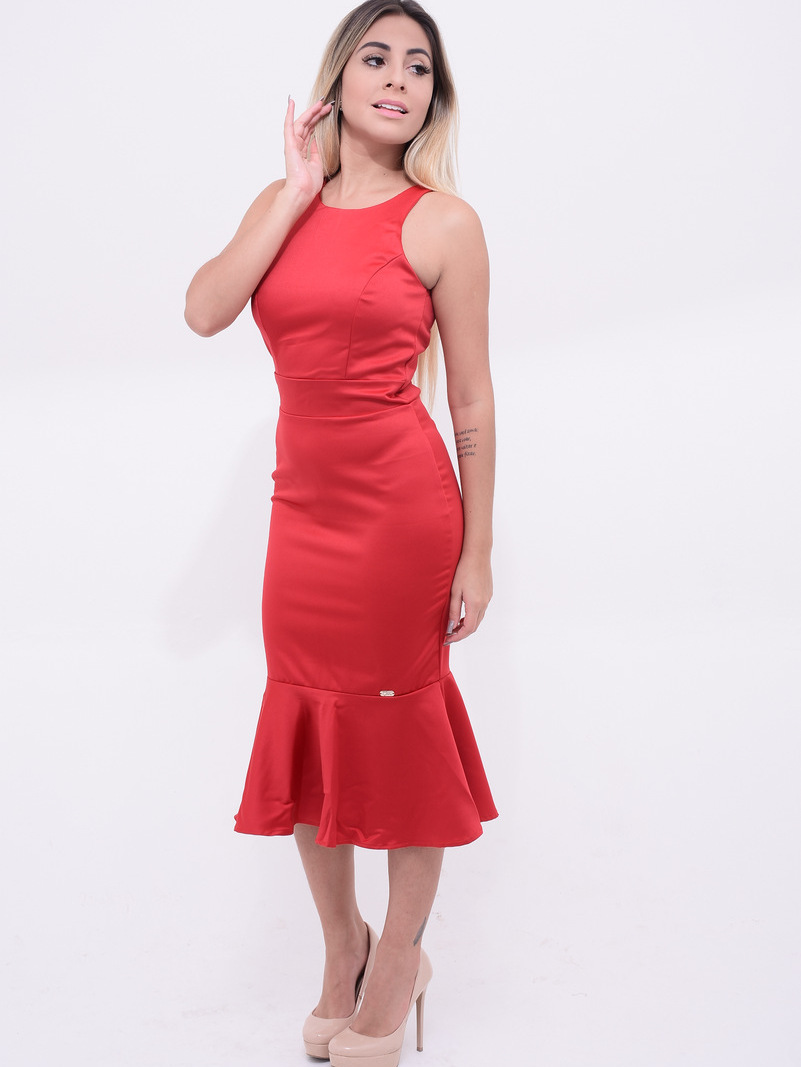 vestido com comprimento maior