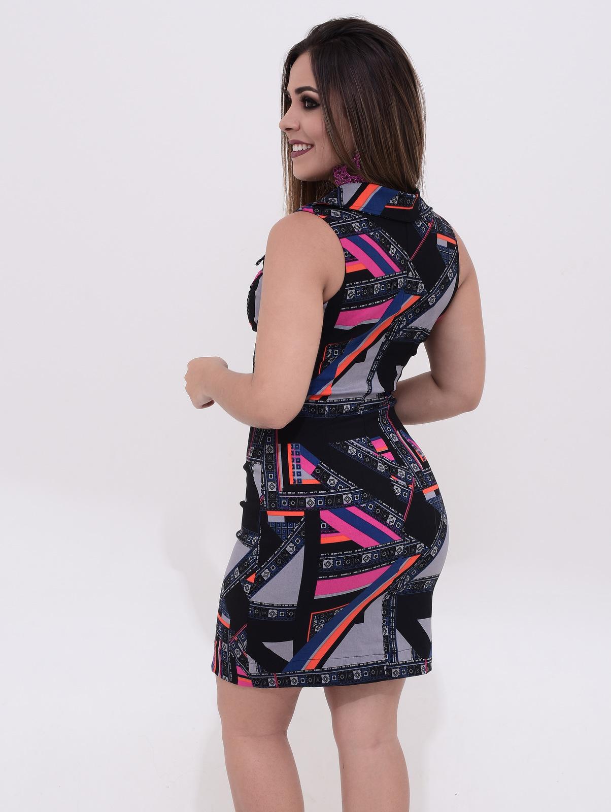 Vestido estampa moderna
