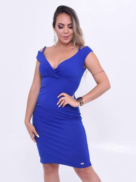 vestido decotado na cor azul