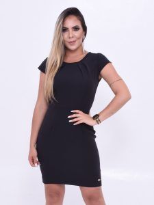 vestido comportado preto