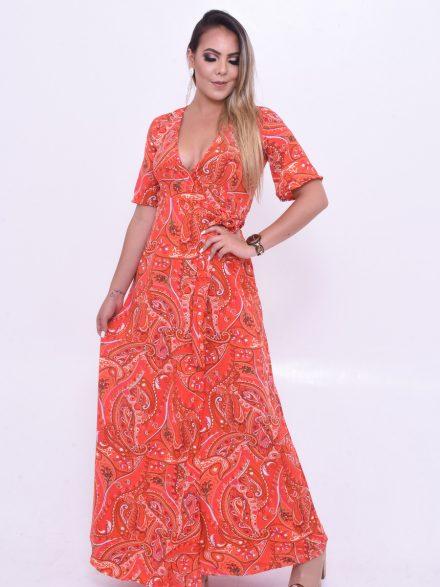 vestido longo chamativo