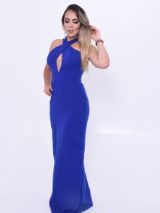 vestido azul com decote