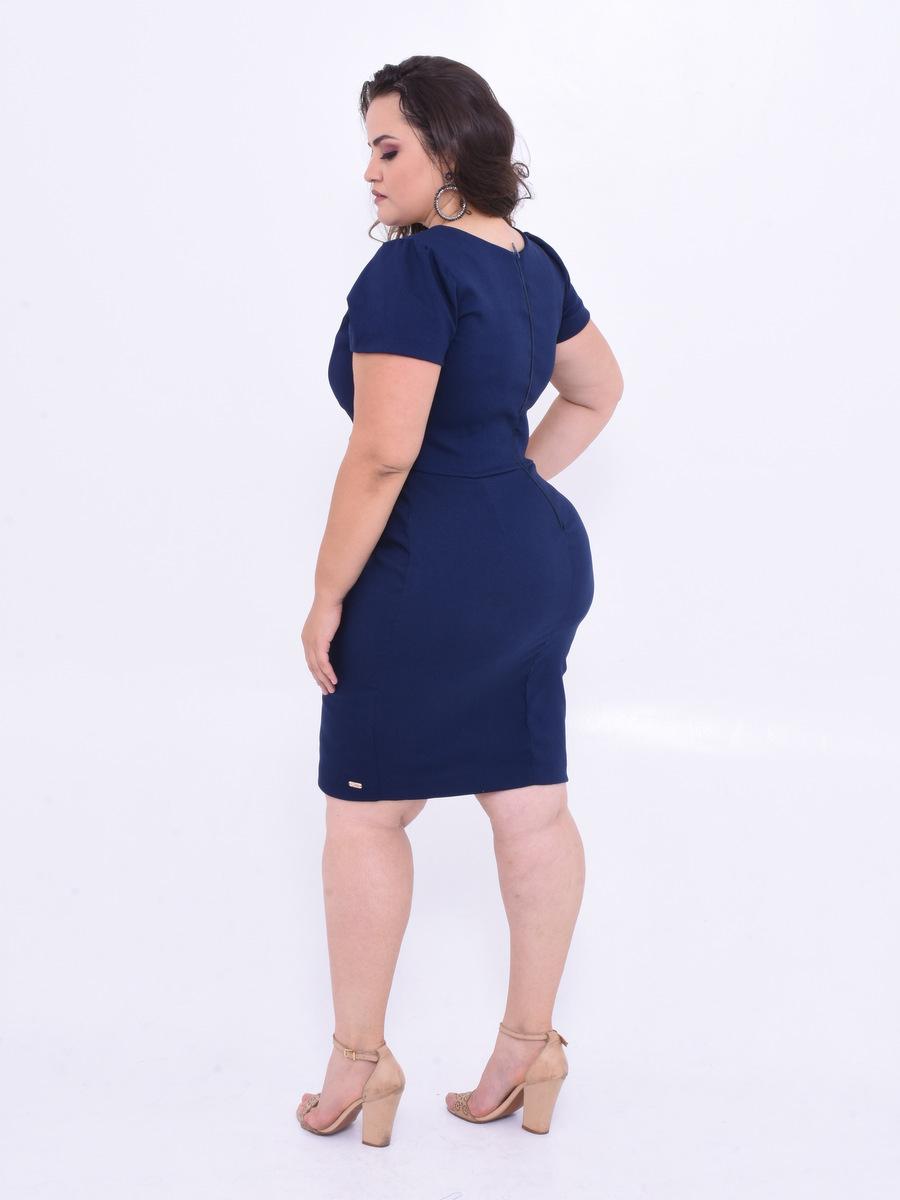 vestido comportado plus size