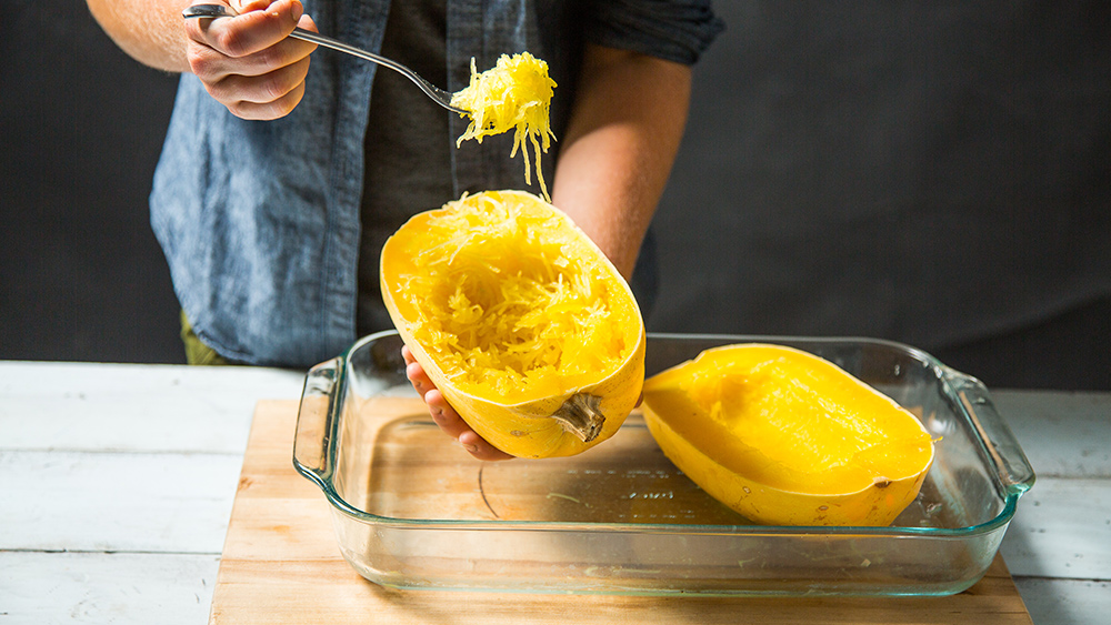 spaghetti squash being made