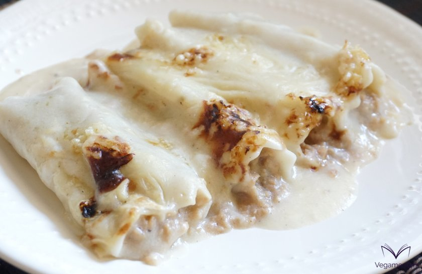 Vegan traditional cannelloni