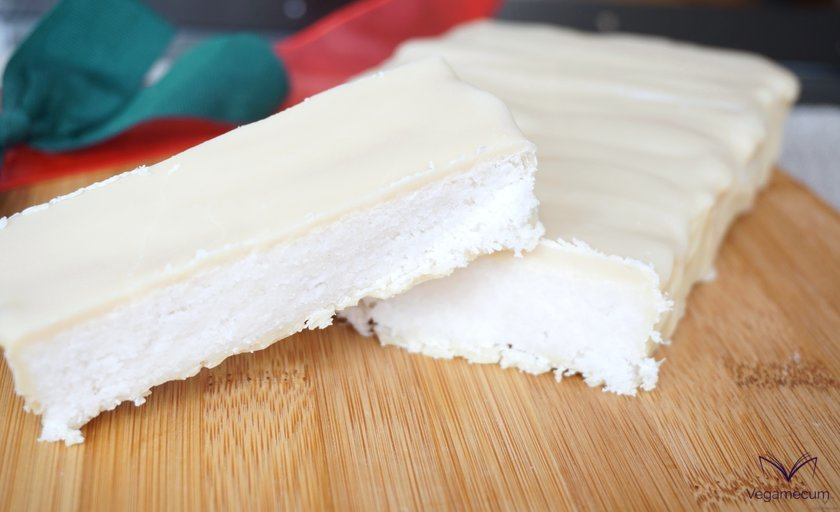 Coconut nougat with vegan white chocolate coating