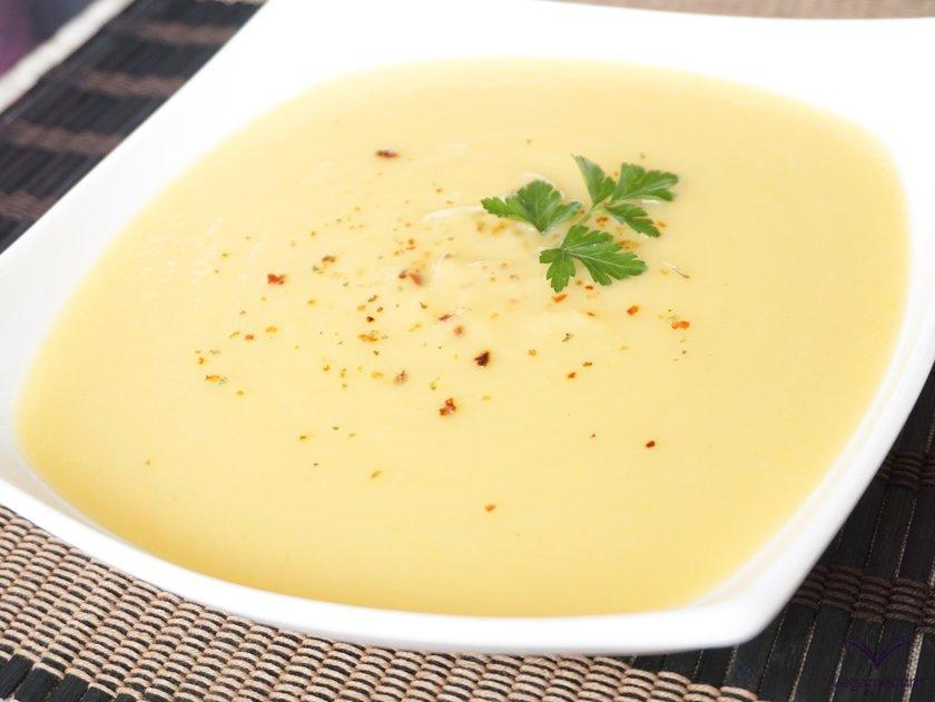 Crema de calabacín, patata, zanahoria y puerro