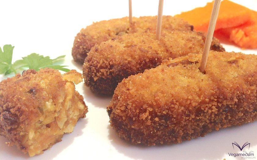 Croquettes with pumpkin, leek and tofu