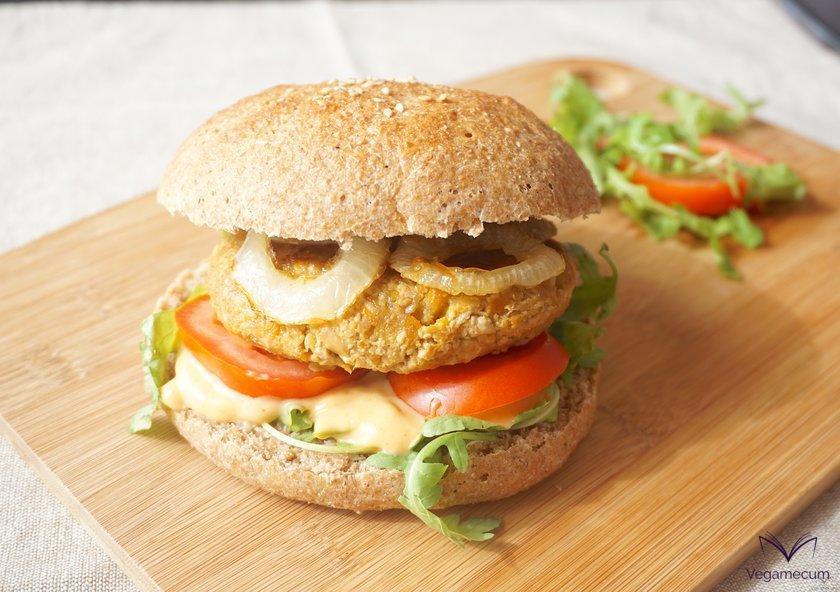 Vegan oriental burger