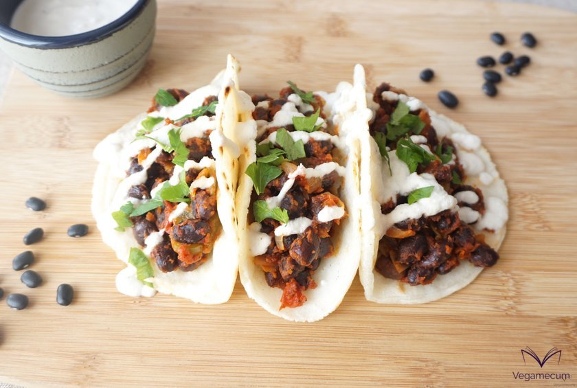 Spicy black bean tacos ready to serve