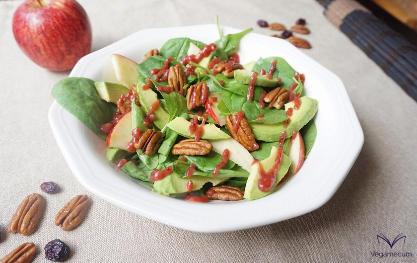 Baby spinach, avocado, walnut and apple salad with cranberry vinaigrette