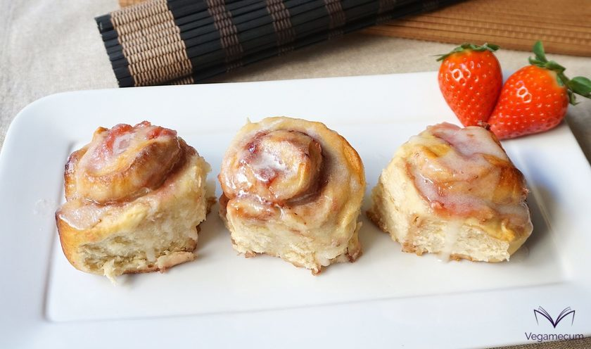 Glazed Strawberry Rolls