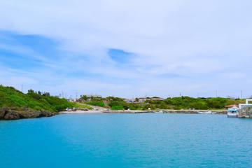 「神の島」久高島とは?神話の時代から受け継がれた文化と魅力