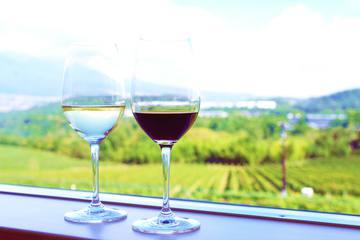 日本ワインの基礎徹底ガイド|日本産のブドウ品種や産地を紹介!