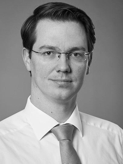 Dr. Florian Knöll