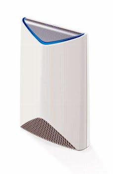 Netgear SRS60 Tri-band (2.4 GHz / 5 GHz / 5 GHz) Gigabit Ethernet Wit draadloze router