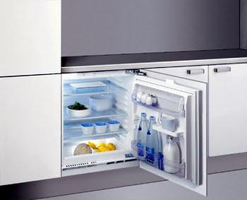 Whirlpool ARZ 005/A+ Ingebouwd 146l A+ Wit koelkast