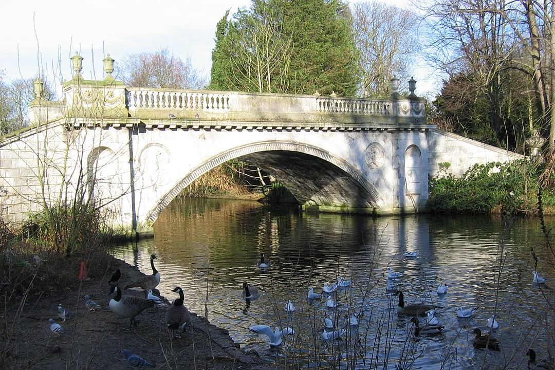 Bed and breakfast in Stamford Brook