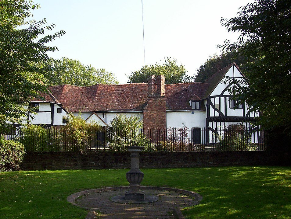 Bed and breakfast in Walton-on-Thames