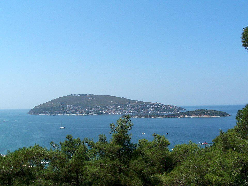 Burgaz Adası bölgesinde Kiralık Tatil Evleri