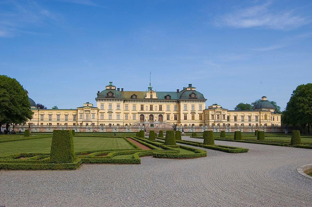 Semesterhem Boenden i Drottningholm?