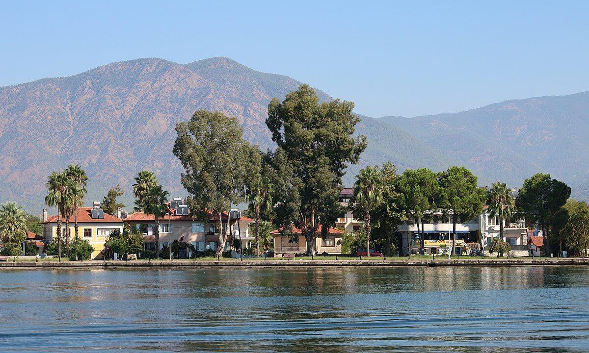 Köyceğiz Gölü bölgesinde Kiralık Tatil Evleri