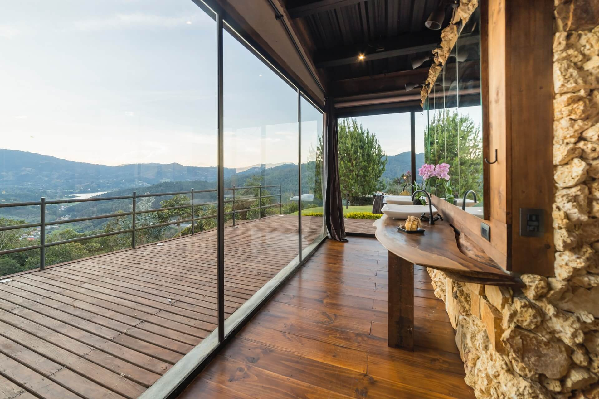 Luxury Cabins in Pigeon Forge, TN