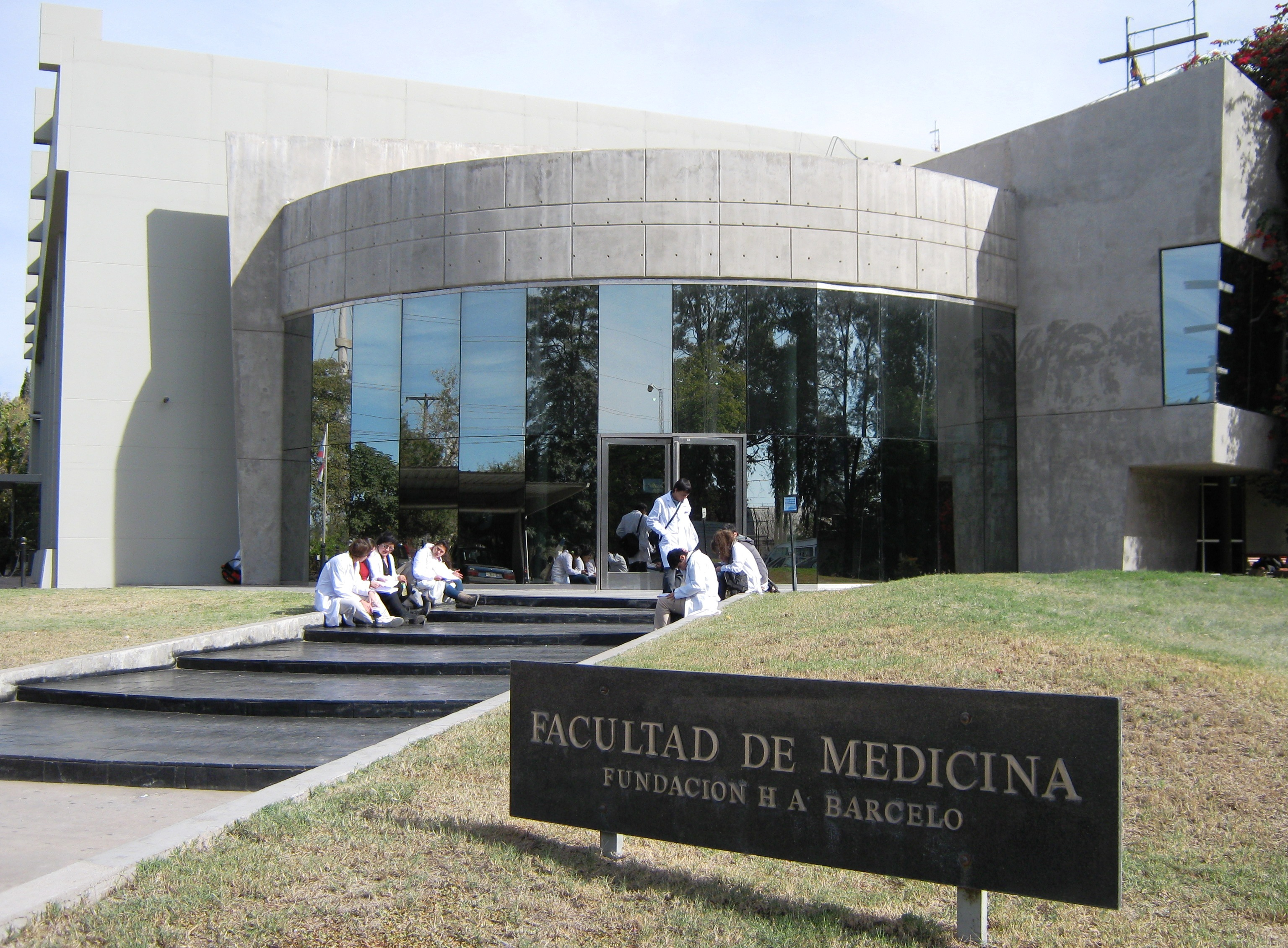 Instituto Universitario de Ciencias de la Salud Fundación H. A. Barceló