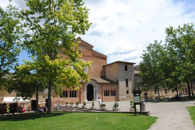 Chiesa di Chiaravalle di Fiastra