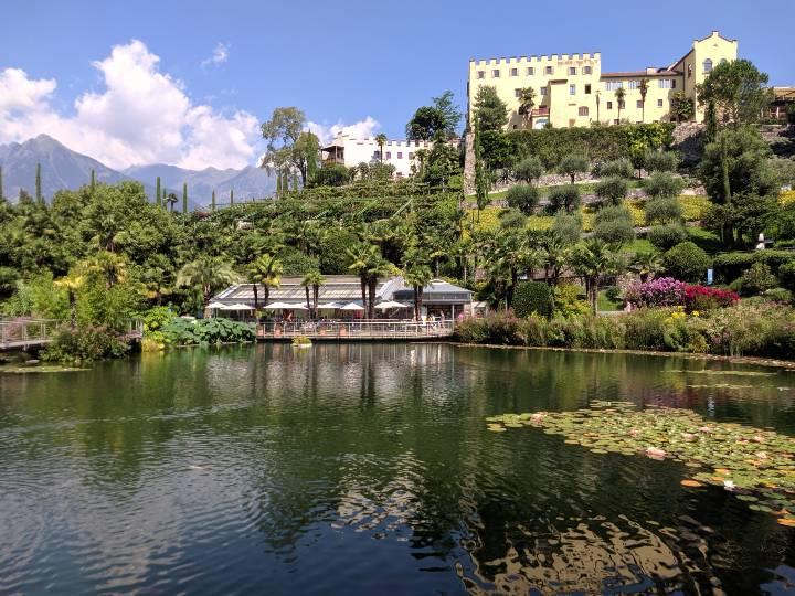 Laghetto delle Ninfee ai Giardini di Sissi