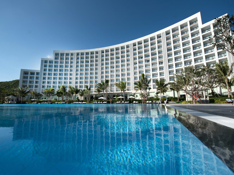 vinpearl resort and spa nha trang bay