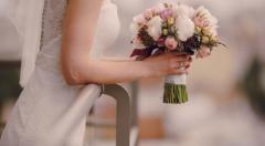Khảo sát về áo cưới