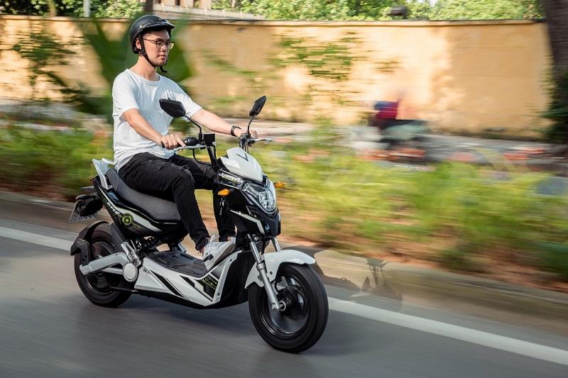 Xe VinFast Impes động cơ mạnh mẽ, thoải mái vượt mọi cung đường