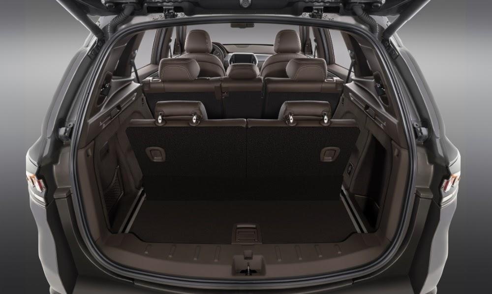 Hinh anh 3 phien ban xe VinFast Lux SA 2.0 khac nhau nhu the nao 5