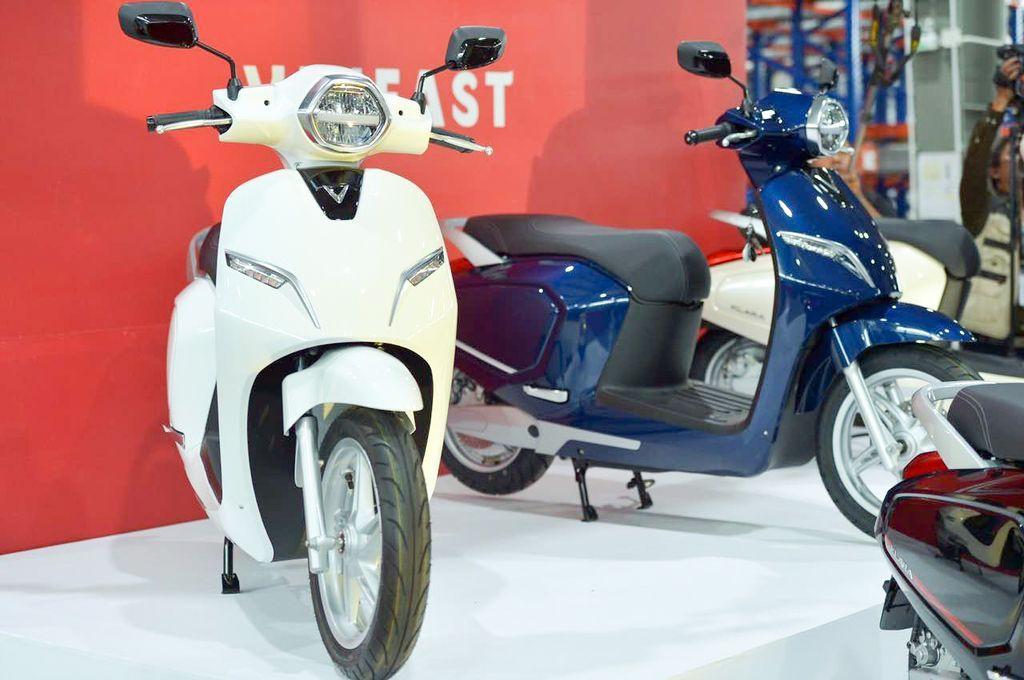 Quy trình đặt mua mua xe máy điện VinFast online và nhận xe tại showroom đơn giản, thủ tục nhanh gọn