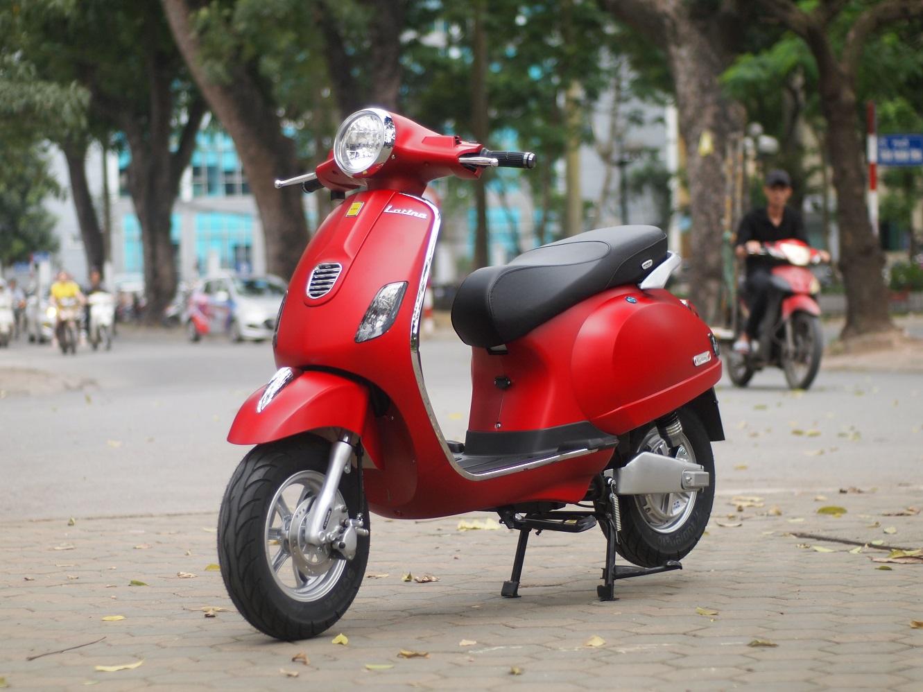 Xe máy điện Vespa LX Latina có thiết kế cá tính và động cơ rất mạnh mẽ