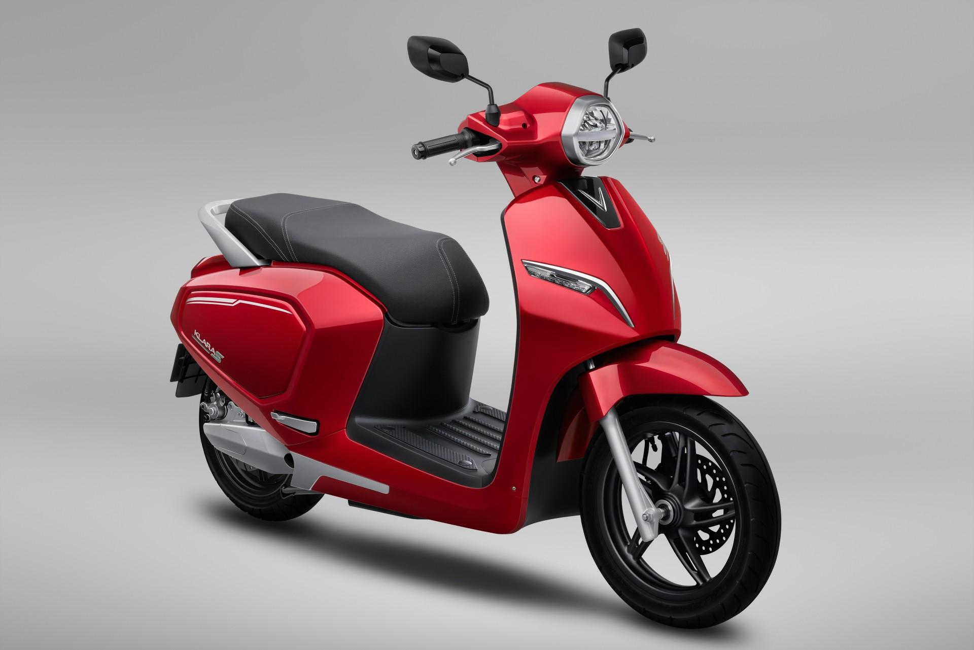 Xe máy VinFast Klara S màu đỏ cá tính