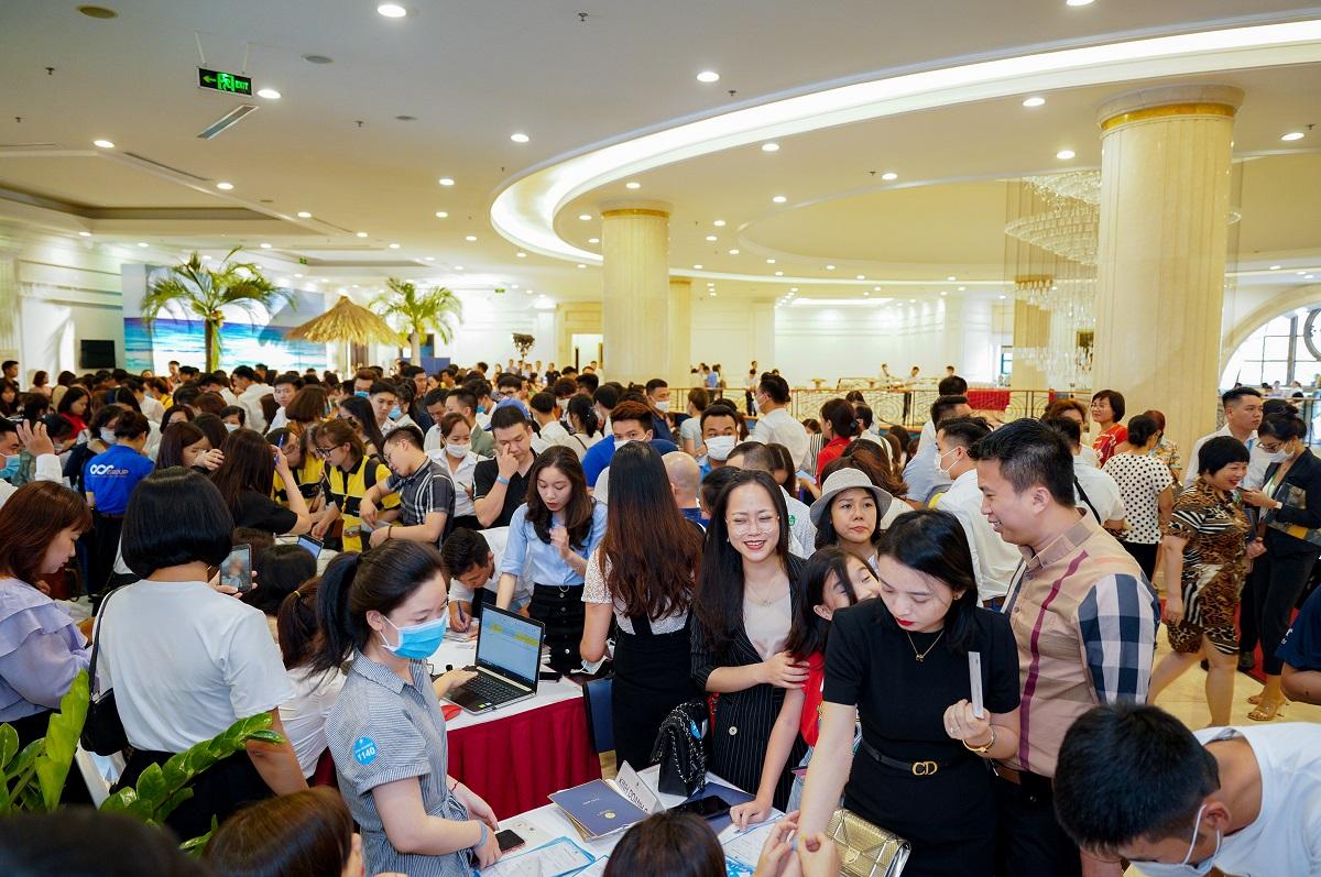 Hinh anh Vinhomes Ocean Park tri an khach hang voi chinh sach khung mua mot duoc ba nha qua tien ti so 2