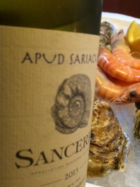 Apud Sariacum, skaldjur