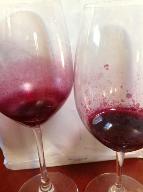 Saveltest rött två glas