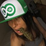 """""""Nudes And Bong Rips, Together At Last"""": Meet The Weed Models Of Instagram"""