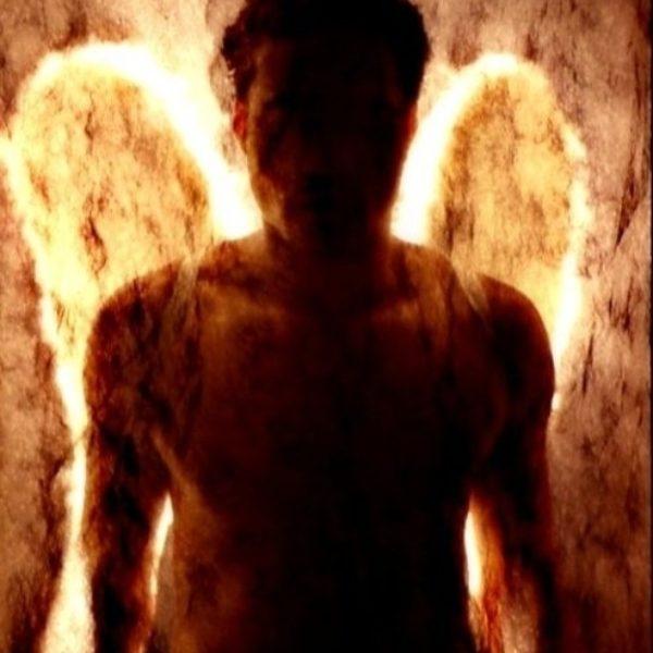 Luna Luis Ortiz, dreaming of angels