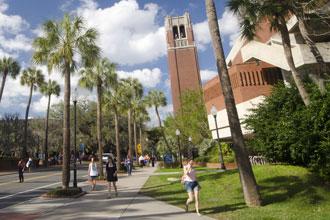 Cursos de inglés de la Universidad de Florida en el campus principal de UF