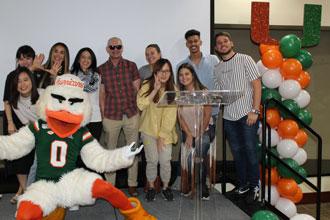 Estudiantes internacionales del curso de inglés de la Universidad de Miami