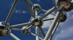 Time lapse of the Atomium on a sunny day.