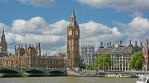 Timelapse of clouds with Big Ben on a sunny day.